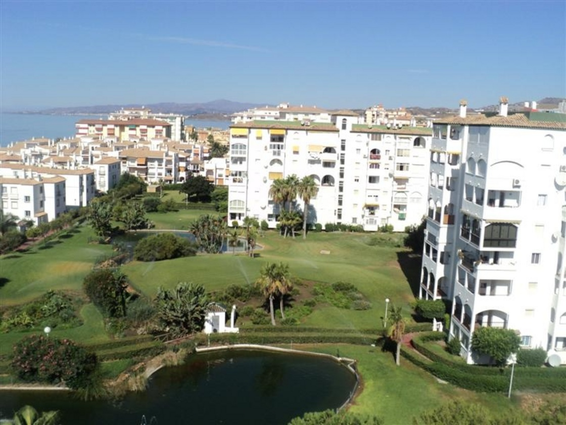 Apartamentos en torrox laguna beach apartamento 2 4 - Apartamentos laguna beach torrox ...