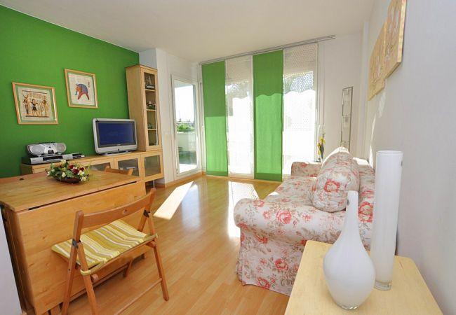 Apartamento en Rosas / Roses - Apartamento con piscina a1 kmde la playa