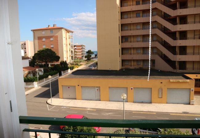 Apartamento en Rosas / Roses - Apartamento para 4 personas a200 mde la playa