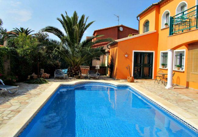 Casa en Sant Pere Pescador - Casa para 6 personas a200 mde la playa