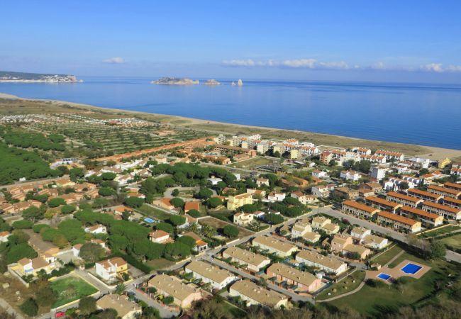 Apartamento en Torroella de Montgri - Mas Pinell TER 11D & 12D - Cerca del mar, WiFi, BBQ