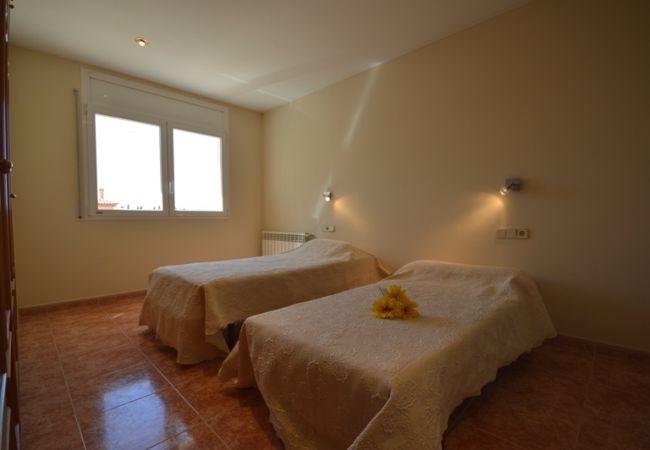 Casa en Sant Pere Pescador - Casa de 5 dormitorios a2 kmde la playa