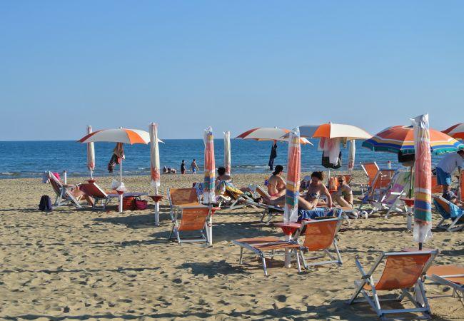 Villa en Bibione - Villa de 3 dormitorios a700 mde la playa