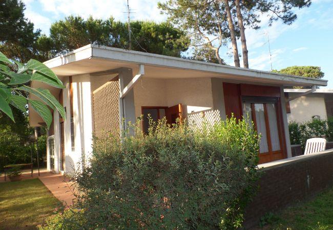 Villa en Bibione - Villa para 10 personas a700 mde la playa