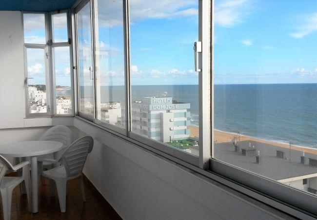 Apartamento en Quarteira - T1 Torre Azul 10 MARAVILHOSA VISTA WI-FI 4 PESSOAS