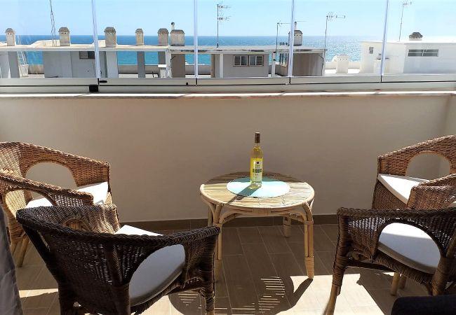Apartamento en Quarteira - Apartamento con aireacondicionado a50 mde la playa