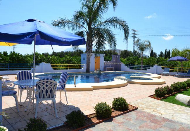 Chalet en Denia - Chalet de 3 dormitorios a600 mde la playa