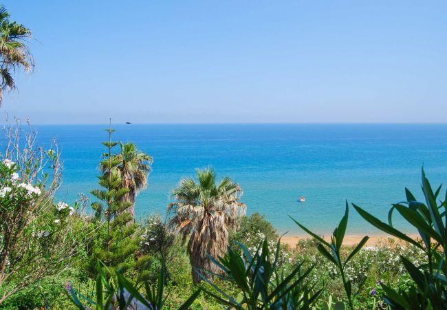 Chalet en Isola di Capo Rizzuto - Chalet con aparcamiento a50 mde la playa