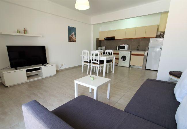 Apartamento en Quarteira - DUNAS 7- Remodelado, Ar-Condicionado, Wifi, Familiar
