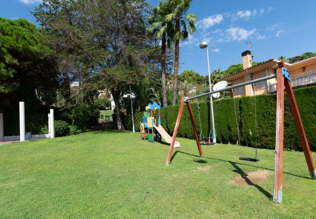 Villa en Blanes - Villa con piscina a1 kmde la playa