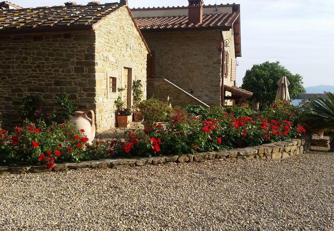 Apartamento en Loro Ciuffenna - Tuscany with View for Your Family