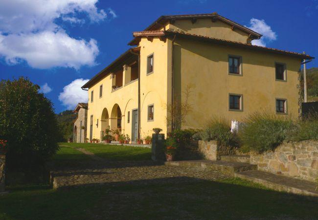 Apartamento en Loro Ciuffenna - Apartamento con piscina en Loro Ciuffenna