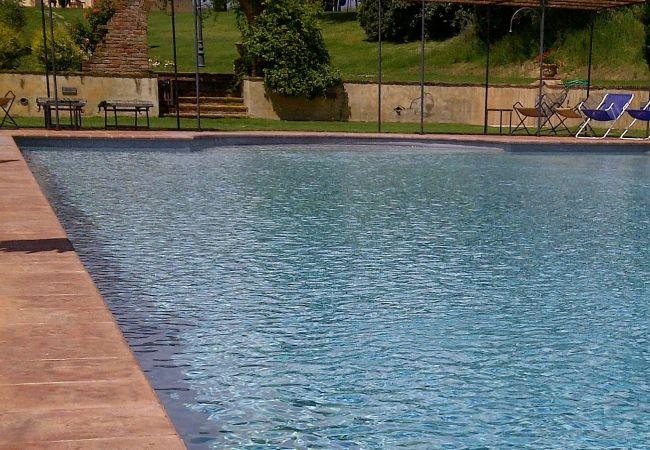 Apartamento en Montepulciano - Apartamento con piscina en Montepulciano