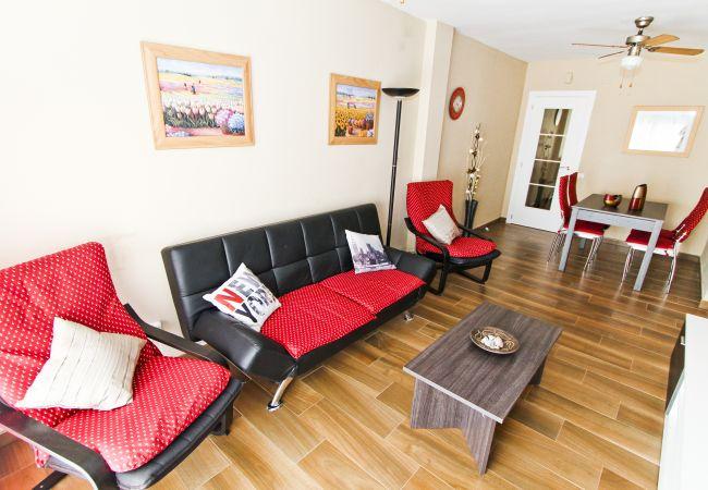 Alquiler piso moderno en la playa La Pineda. Comedor PINEDA3