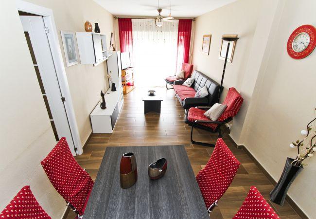 Alquiler piso moderno en la playa La Pineda. Gran Salón PINEDA3