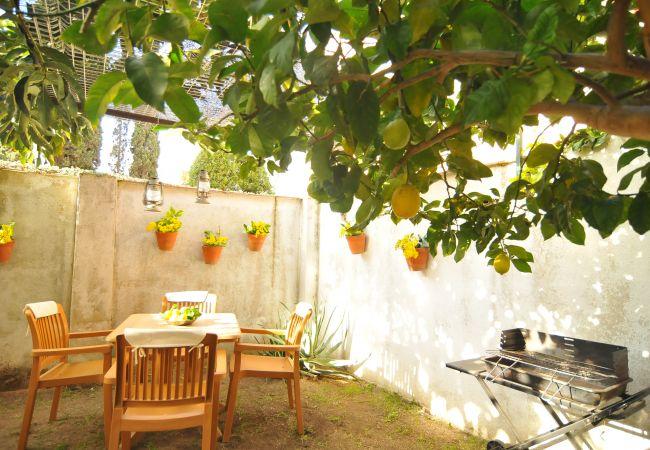 Casa en Malgrat de Mar - Casa de 3 dormitorios a1 kmde la playa