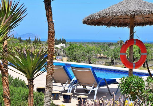 Finca en Santa Margalida - Can Burguet Rústica villa con preciosos jardines y gran piscina 099