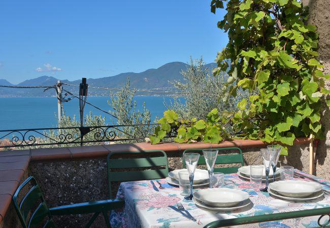 Apartamento en Torri del Benaco - Apartment Loncrino - 4 posti letto, vista lago in Torri del Benaco