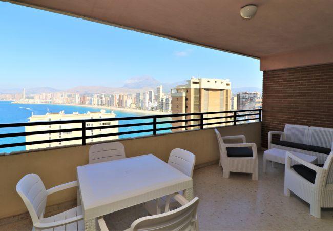 Apartamento en Benidorm - Apartamento con piscina a200 mde la playa