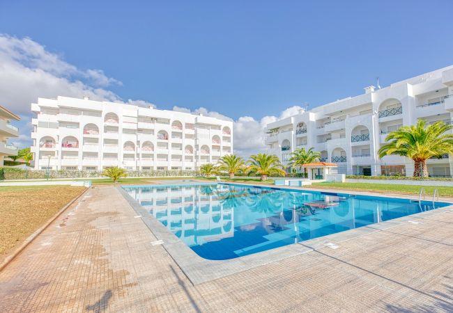 Apartamento en Porches - Quinta das Palmeiras R/C-B - GA-6260