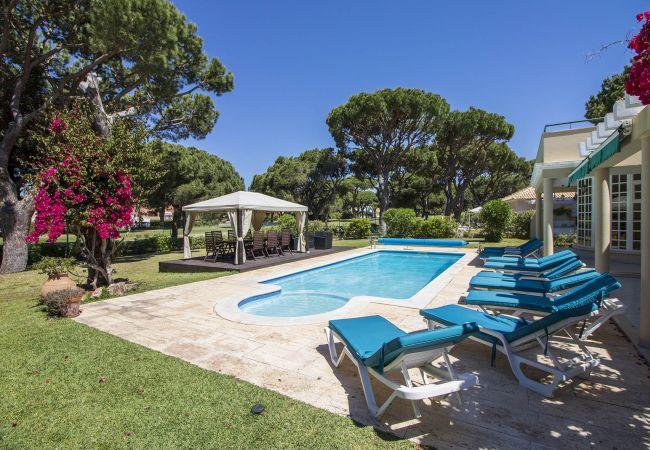 Villa en Vilamoura - Villa para 14 personas a2 kmde la playa