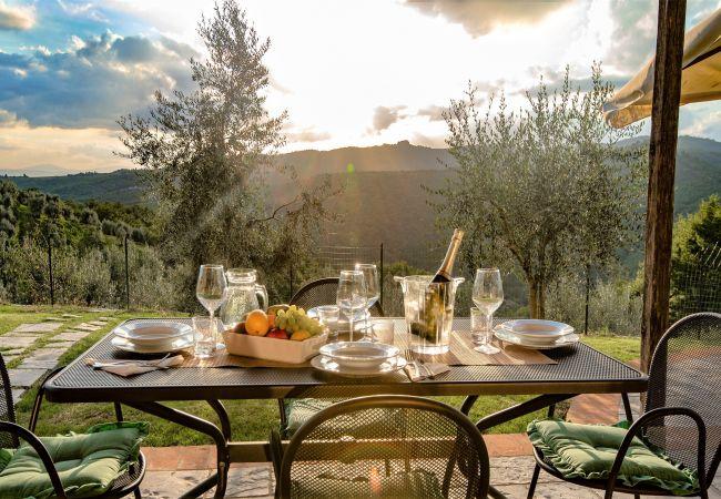 Apartamento en Bucine - Raggio Di Sole at Villa Mariolo
