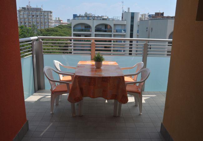 Apartamento en Bibione - Apartamento de 2 dormitorios a100 mde la playa