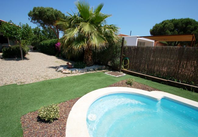Huis in Torroella de Montgri - Xaloc - prive zwembad, airco, WiFi, SAT TV en grote tuin