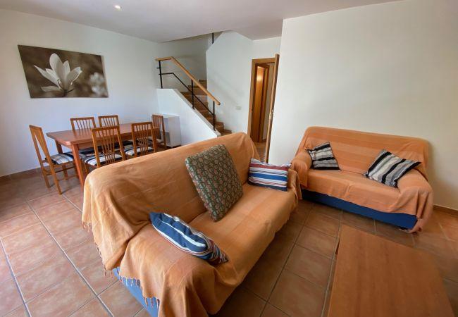 Huis in Torroella de Montgri - Daró 3D 37 - Airco, WiFi, zwembad, vlakbij strand, Sat TV