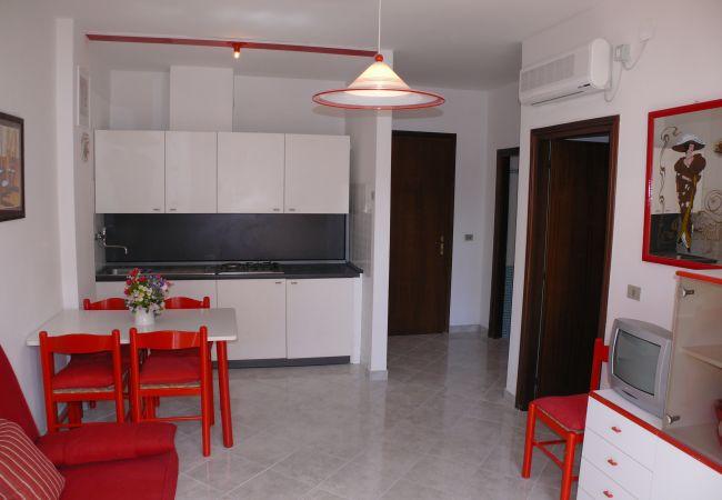 Appartement in Bibione - Appartement of 1 bedrooms op50 mvan het strand