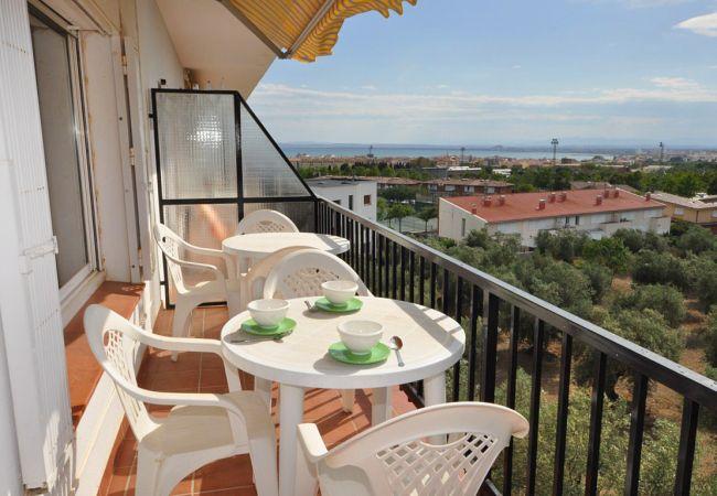 Appartement in Rosas / Roses - Appartement for 6 people op2 kmvan het strand