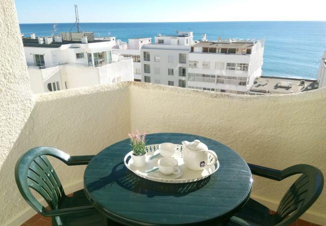 Appartement in Quarteira - T1 QSol 7 EXCELENTE LOCALIZAÇÃO WI-FI 4 PESSOAS