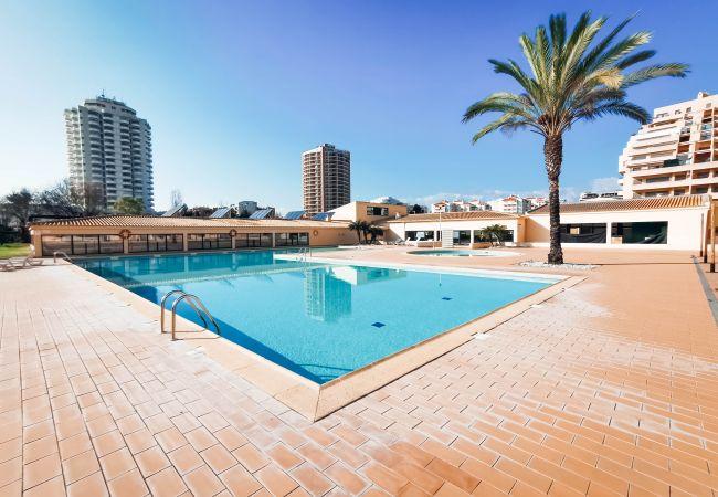 Appartement in Portimão - Appartement of 1 bedrooms op100 mvan het strand