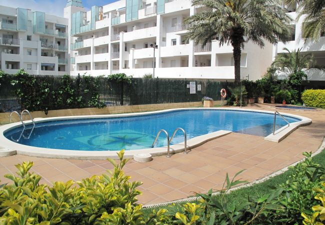 Appartement à Rosas / Roses - Appartement pour 4 personnes à1 kmde la plage