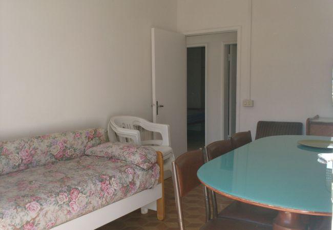 Appartement à Riccione - Appartement avec 3 chambres à100 mde la plage