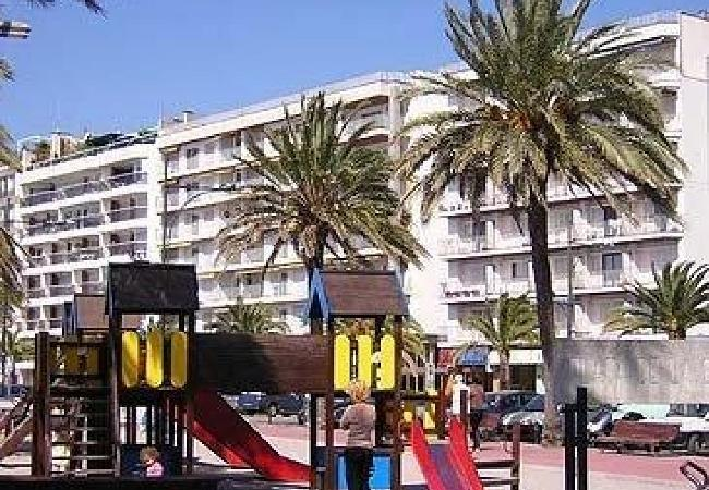Apartment in Lloret de Mar - ZODIAC-24 C