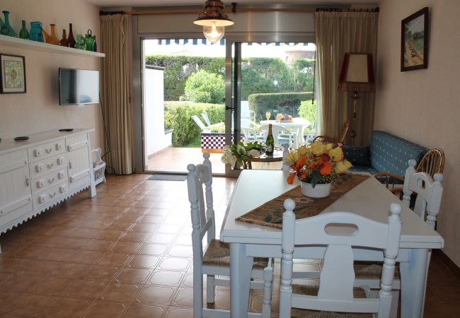 Apartment in Palamós - 2-S´ALGUER II-008