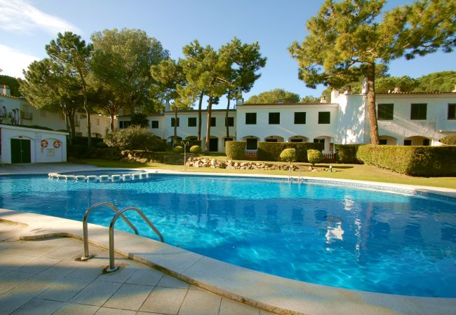 House in Pals - Pals Haus - Pool, WiFi, BBQ, SAT TV