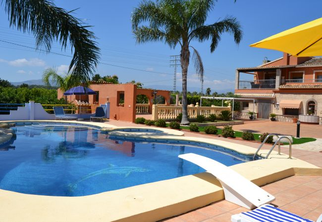 Chalet in Denia - Chalet of 3 bedrooms to600 mbeach