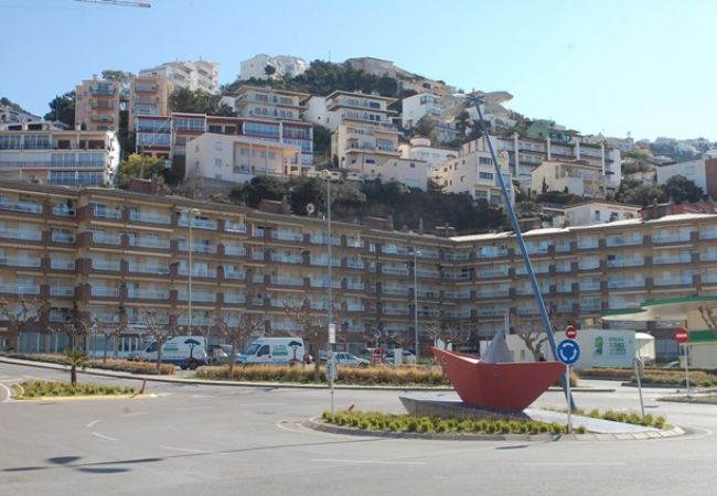 Apartment in Rosas / Roses - 2132 ROCMAR