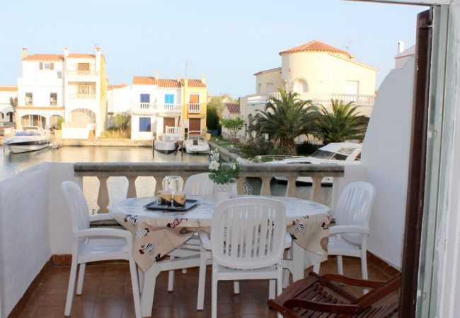 Apartment in Empuriabrava - Port Empuries 26