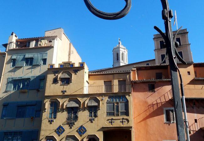 Apartment in Gerona/Girona - Girona apartamento familiar con Parking