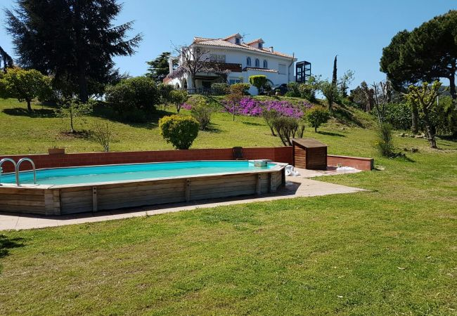 Villa in Calella - Villa of 7 bedrooms to 1 km beach